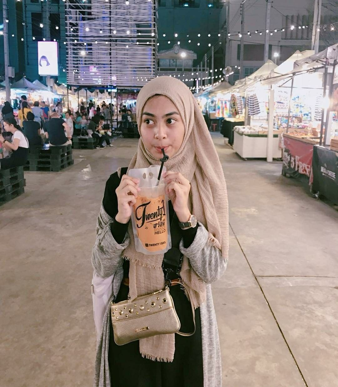 Ide oleh Sadiyah.dy pada Dianty Annisa | Casual hijab ...