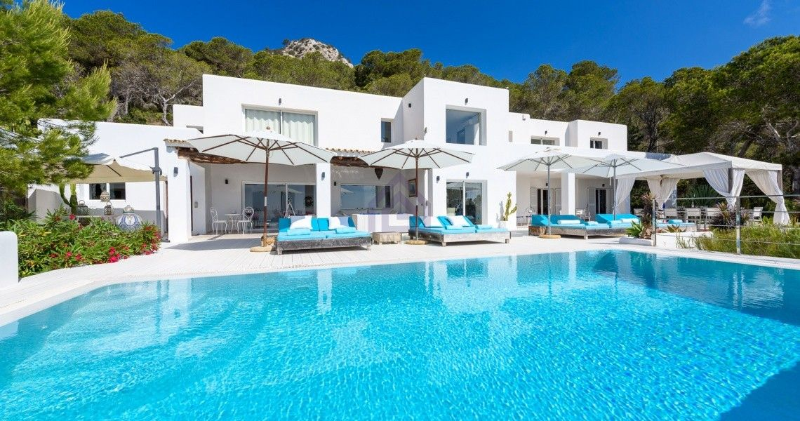 6 Bedroom Villa In Es Cubells With The Most Amazing Views Of The Sea Luxury Villa Rentals Luxury Villa Villa Rental