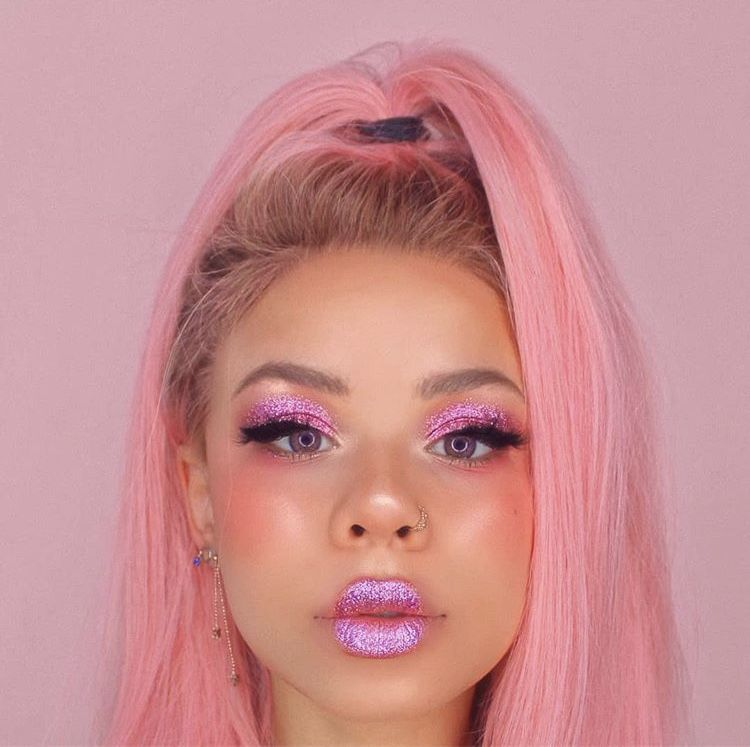 Glitter is my Crack: Pin Up Makeup look for photo shoot