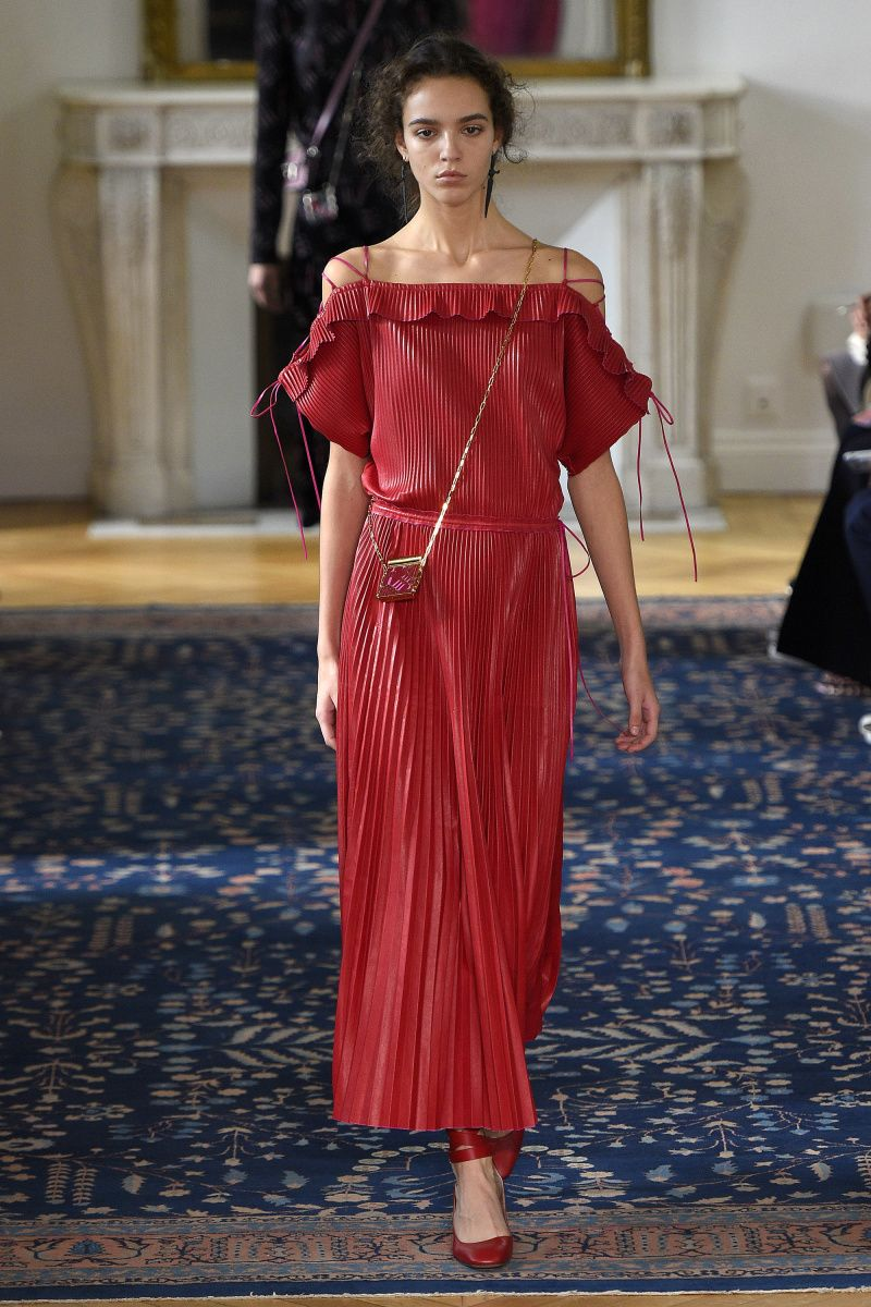 Valentino   Ready-to-Wear Spring 2017   Look 45