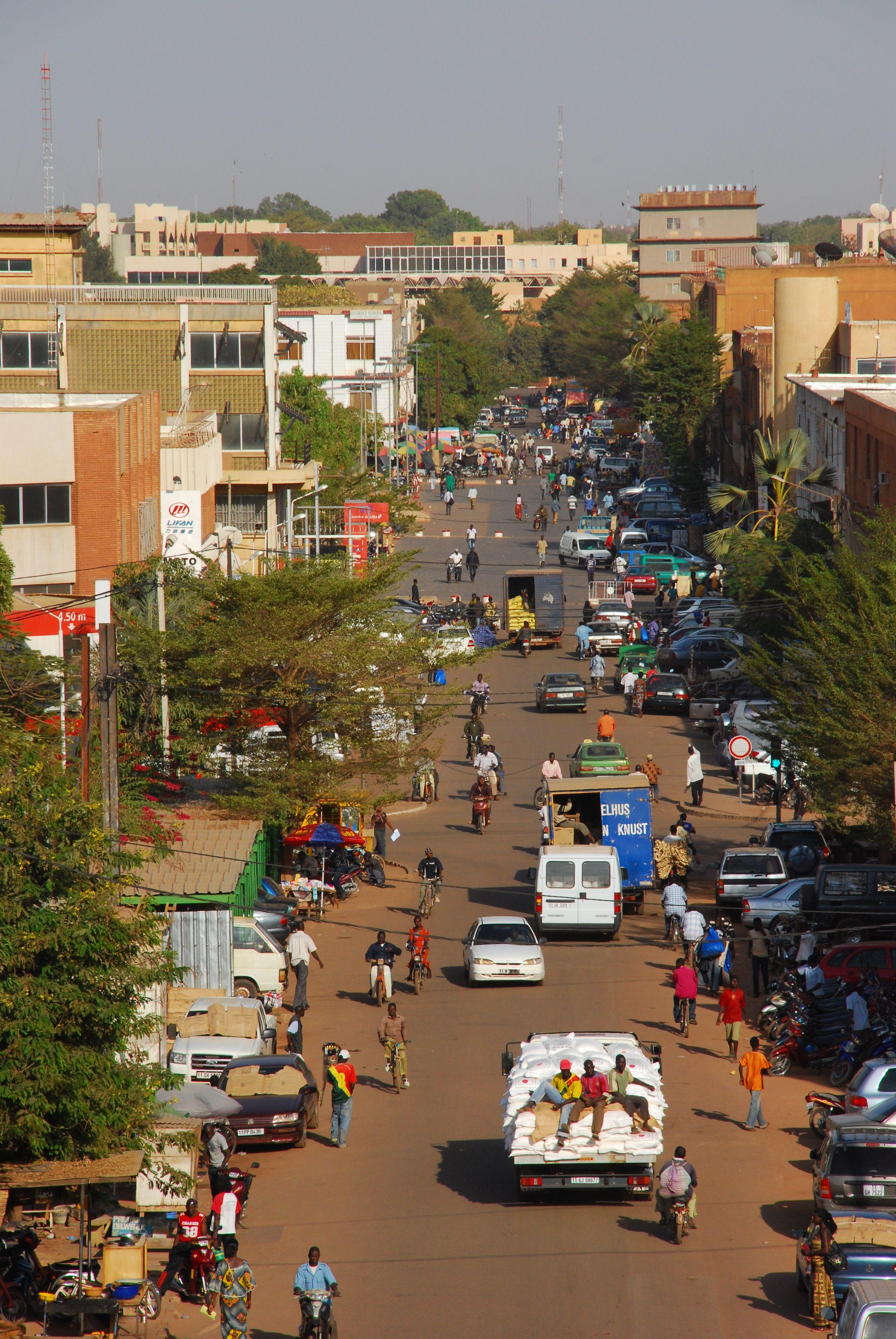 Pin De Mada M En Africa Algeria Benin Botswana Burkina Faso Burundi Cameroon Congo Angola Czad Ghana Continentes Costa De Marfil