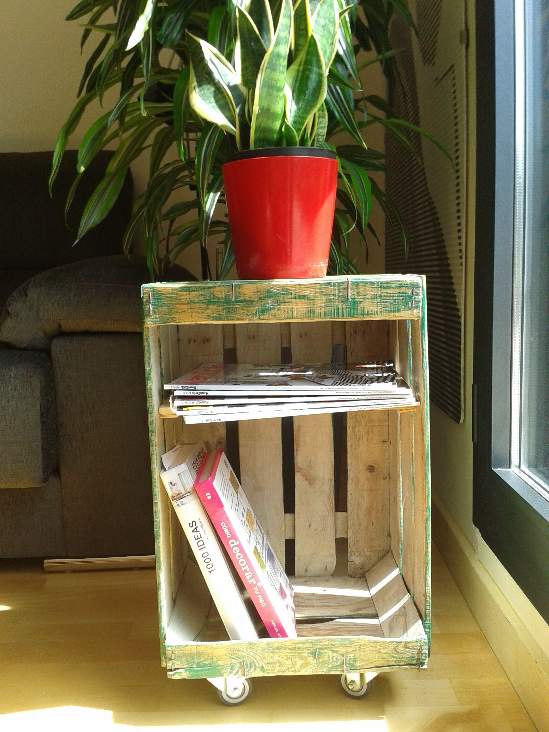 Caja De Madera Restaurada Cajas De Fruta Ruedas Y Fruta # Muebles De Jabas De Madera
