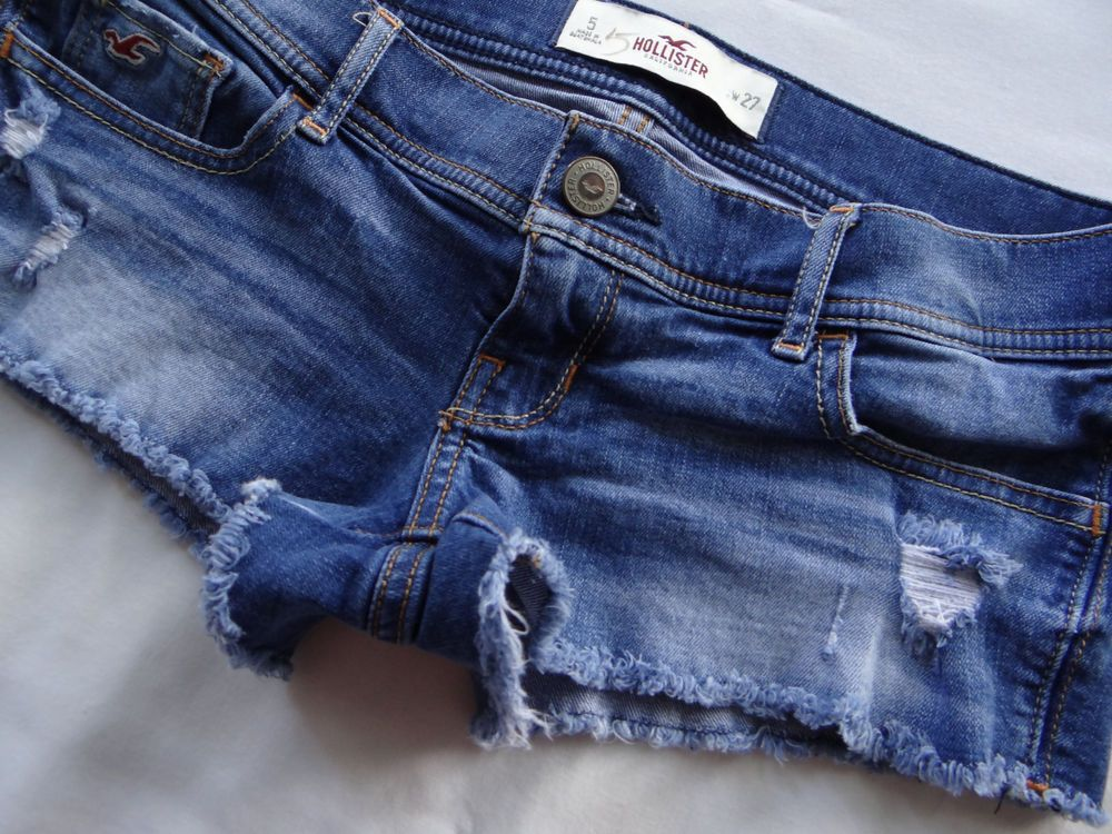 Hollister Abercrombie Destroyed Low Rise Medium Wash Cut Off Jean
