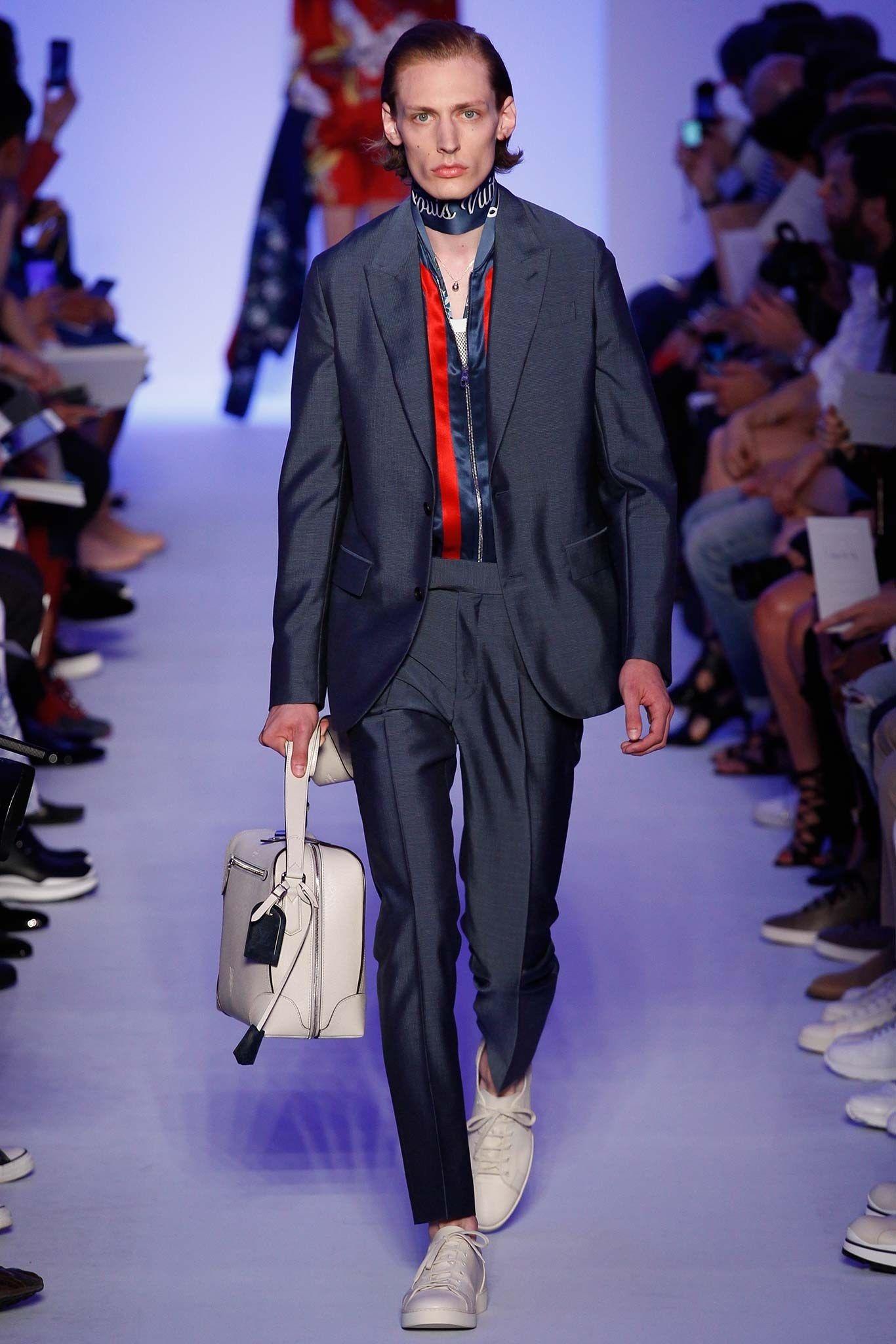 7636c1d35c5ed Louis Vuitton Spring 2016 Menswear Fashion Show   style   Menswear ...