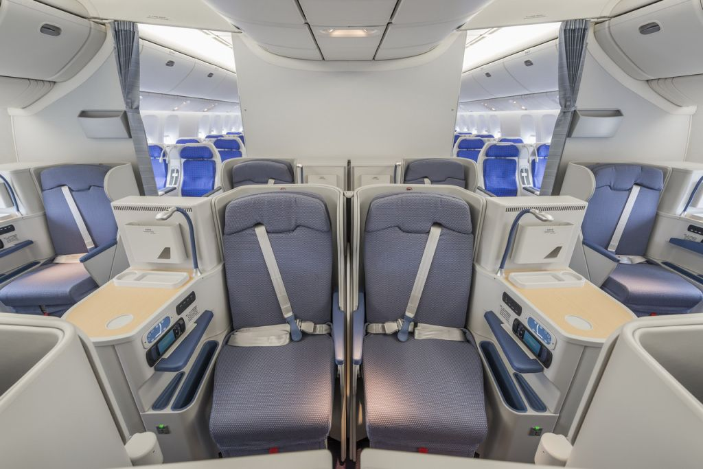 closer look at china southern   new interior also plane civil rh in pinterest