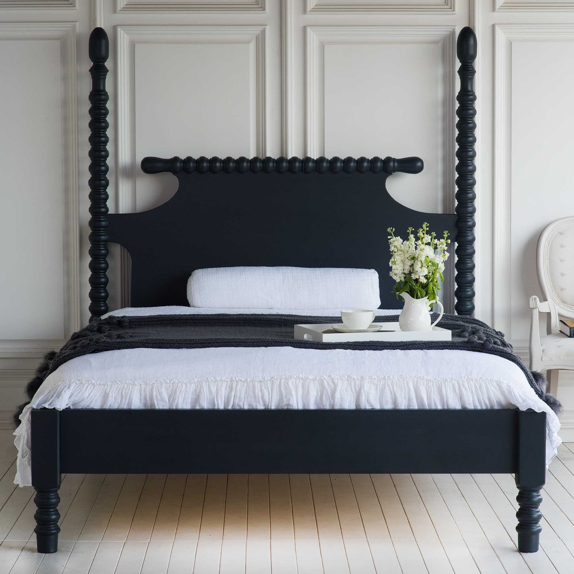 Best Gwendoline Spindle Bed With Low Profile Footboard Black 400 x 300