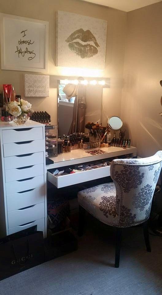 18 Stunning Bedroom Vanity Ideas Vanities, Bedrooms and Makeup storage