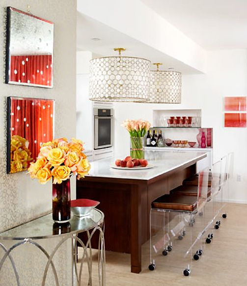 A Decorating Style That Doesn T Get Dated: Eclectic Style: Decorating Wtih Lucite
