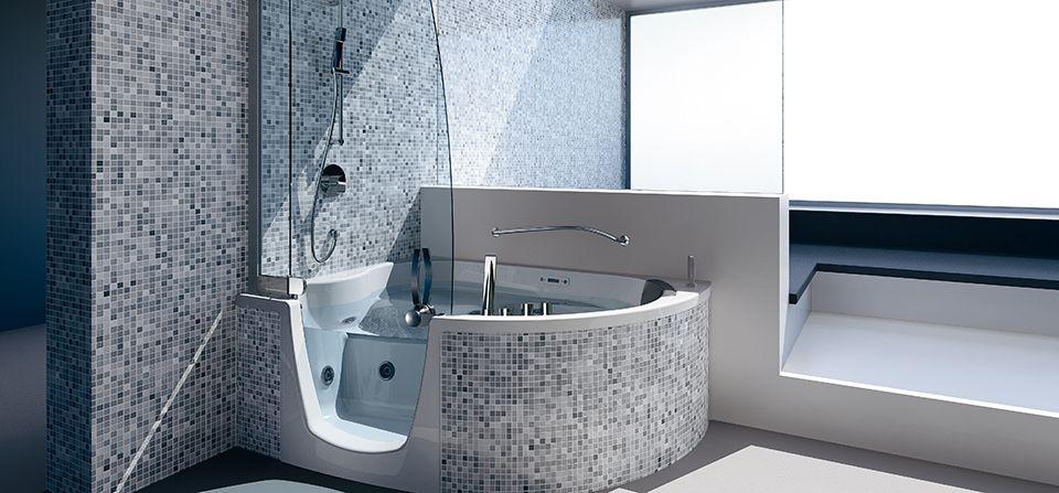 Combiné bain-douche adapté pour personne à mobilité réduite