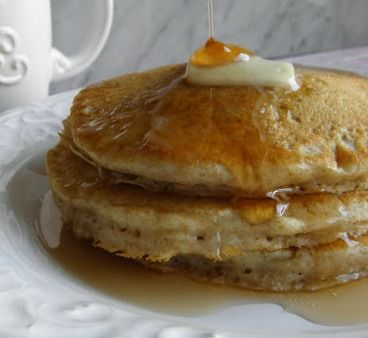These Whole Wheat Pancakes are so easy and perfect for your Sunday morning...  http://www.tasteloveandnourish.com/2012/10/12/whole-wheat-pancakes/