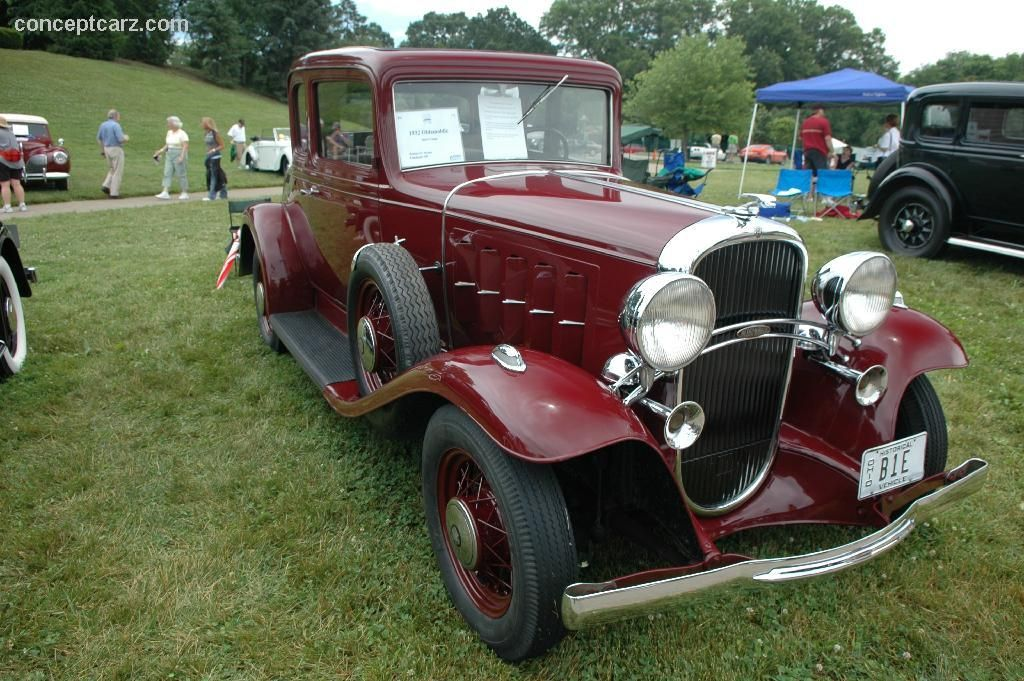 1932 Oldsmobile F 32 Images Oldsmobile Old Classic Cars Classic Cars