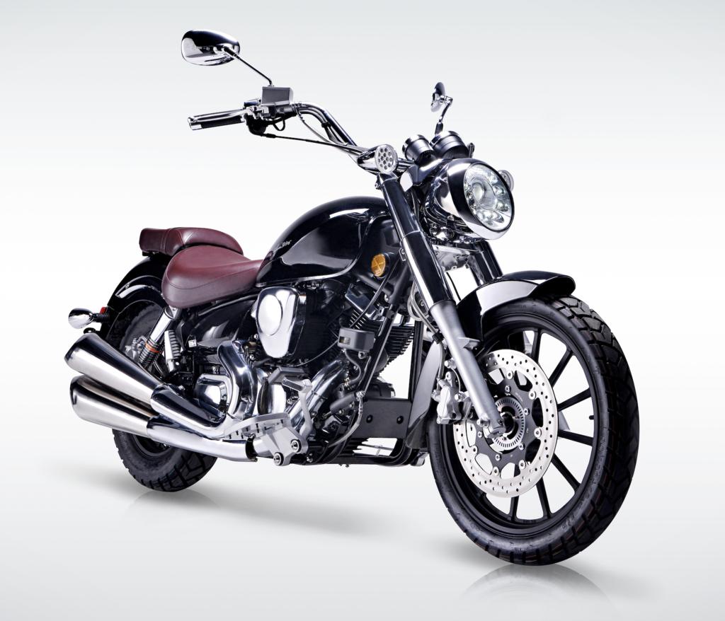 Venom Lifan 250cc Lycan VTwin EFI V16 Motorcycle LF250