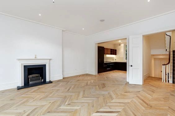 Wonderful Open Plan Living / Dining Area, Within A Two Floor Family Maisonette.