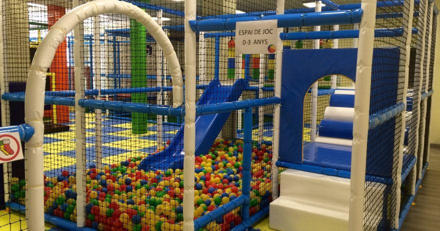 Playcaspe Parque De Ocio Infantil Parques Toboganes Actividades