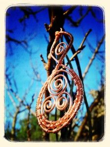 Pikoura - the Twist - Our Connection with one another, our land and our ancestors.  Tikikiwi.com