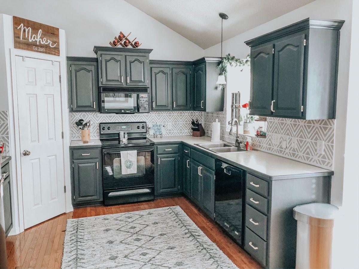 Stenciled Kitchen Backsplash In 2020 Kitchen Backsplash Diy House Projects Kitchen