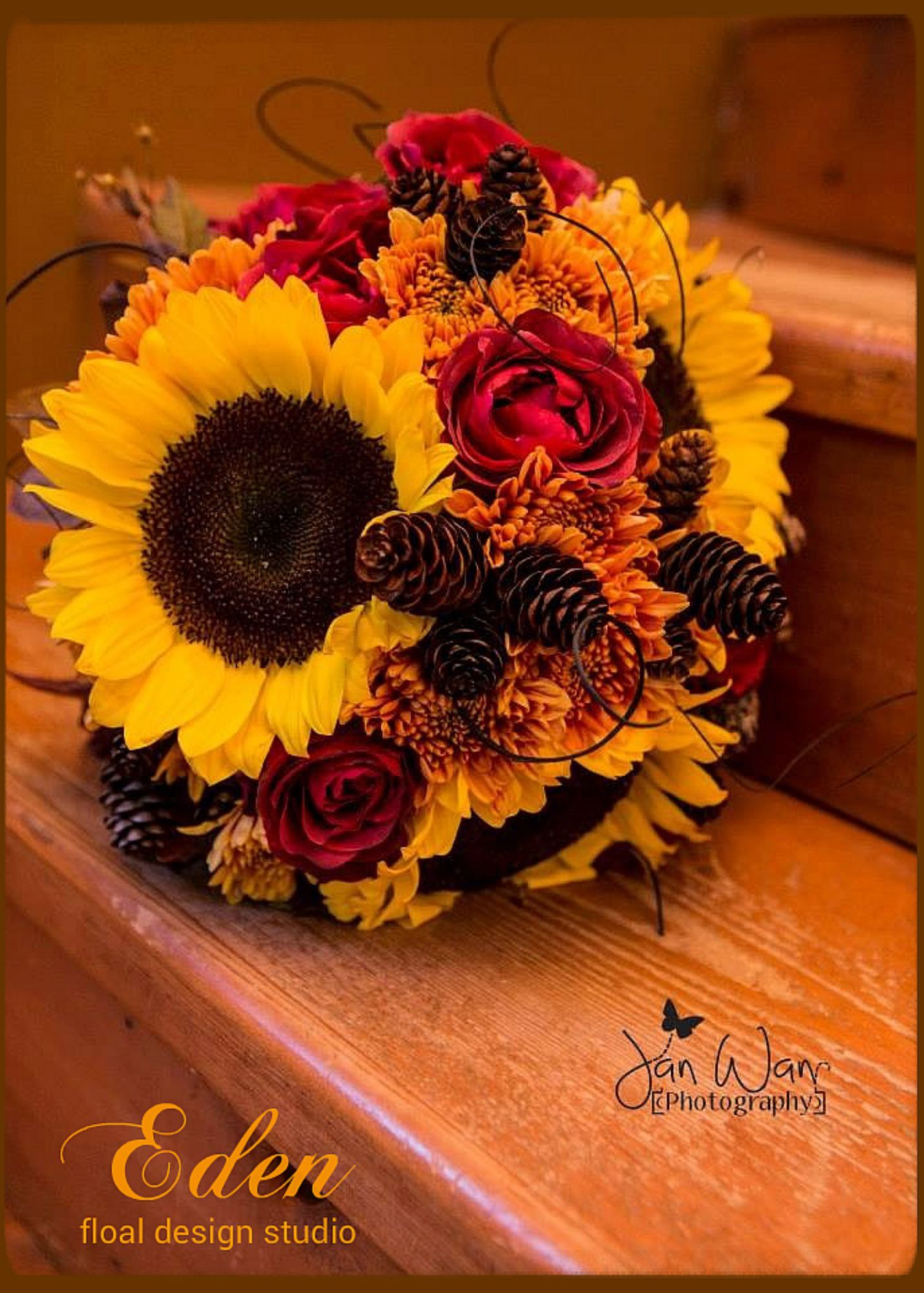 Fall wedding flowers by Carrie Burgess, Eden floral design studio ...