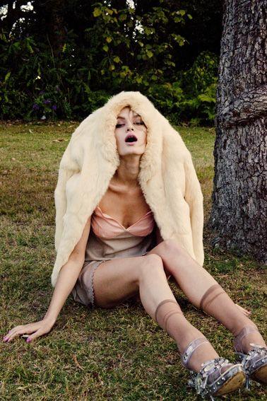 Ali Lagarde.  Stylist: Leticia Dare.