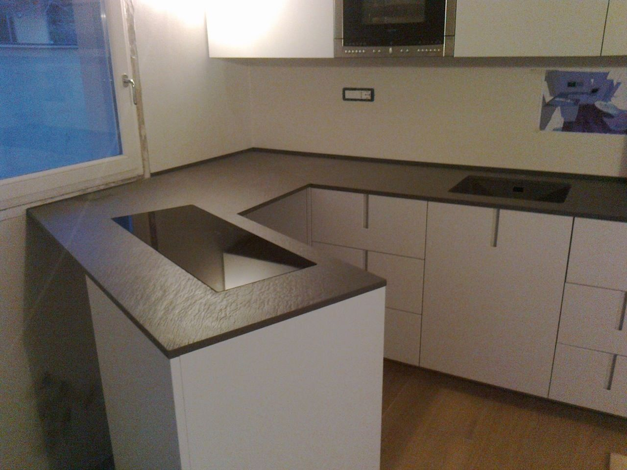Top cucina rossana in quarzo taupe green stoneitalia vasca stampate in quarzo stoneitalia - Top marmo cucina prezzi ...