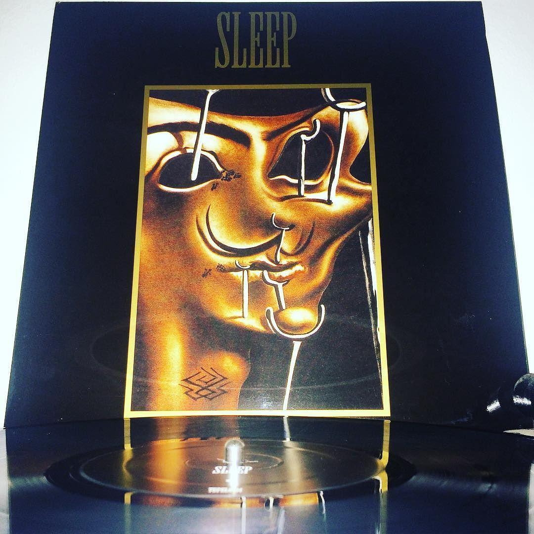 #sleep #sleepband #vol1 #vinyl #vinyligclub #vinylporn #vinylgram #nowspinning #nowblasting #doom #doommetal #mattpike by heavymetalhollow