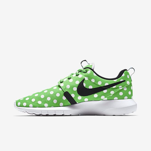 nike roshe nm qs womens plus size stores near me
