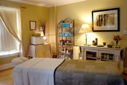Evergreen Facilities   Massage therapy rooms, Massage room decor, Massage  room