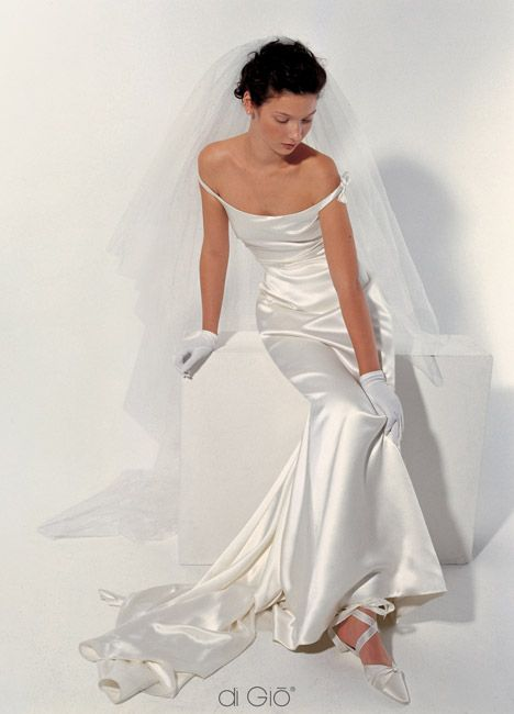love the off-shoulder straps, and such gorgeous fabric. le spose di ...