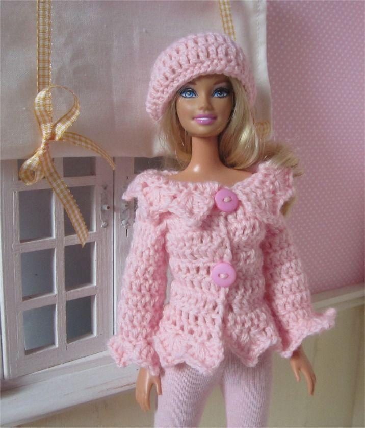 85821c3202863 Ensemble gilet et béret au crochet pour poupée Barbie   Jeux