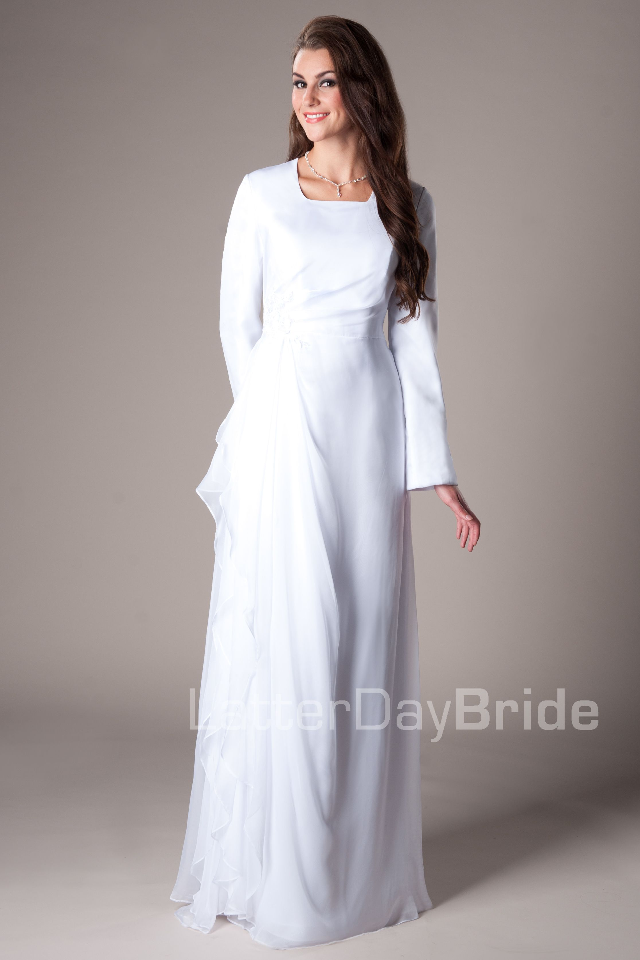 Provo temple dress from latter day bride moda sud for Latter day bride wedding dresses