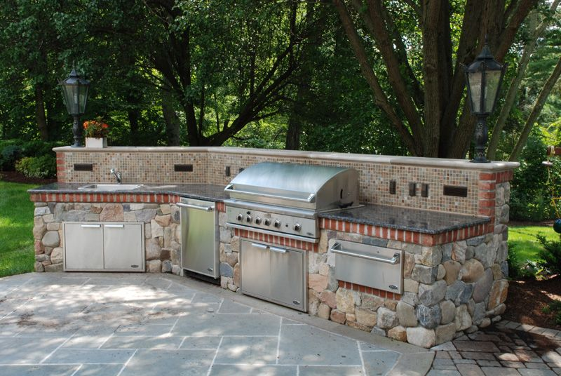 Outdoor kitchen stone ideas bbq outdoor kitchens nj for Backyard built in bbq ideas