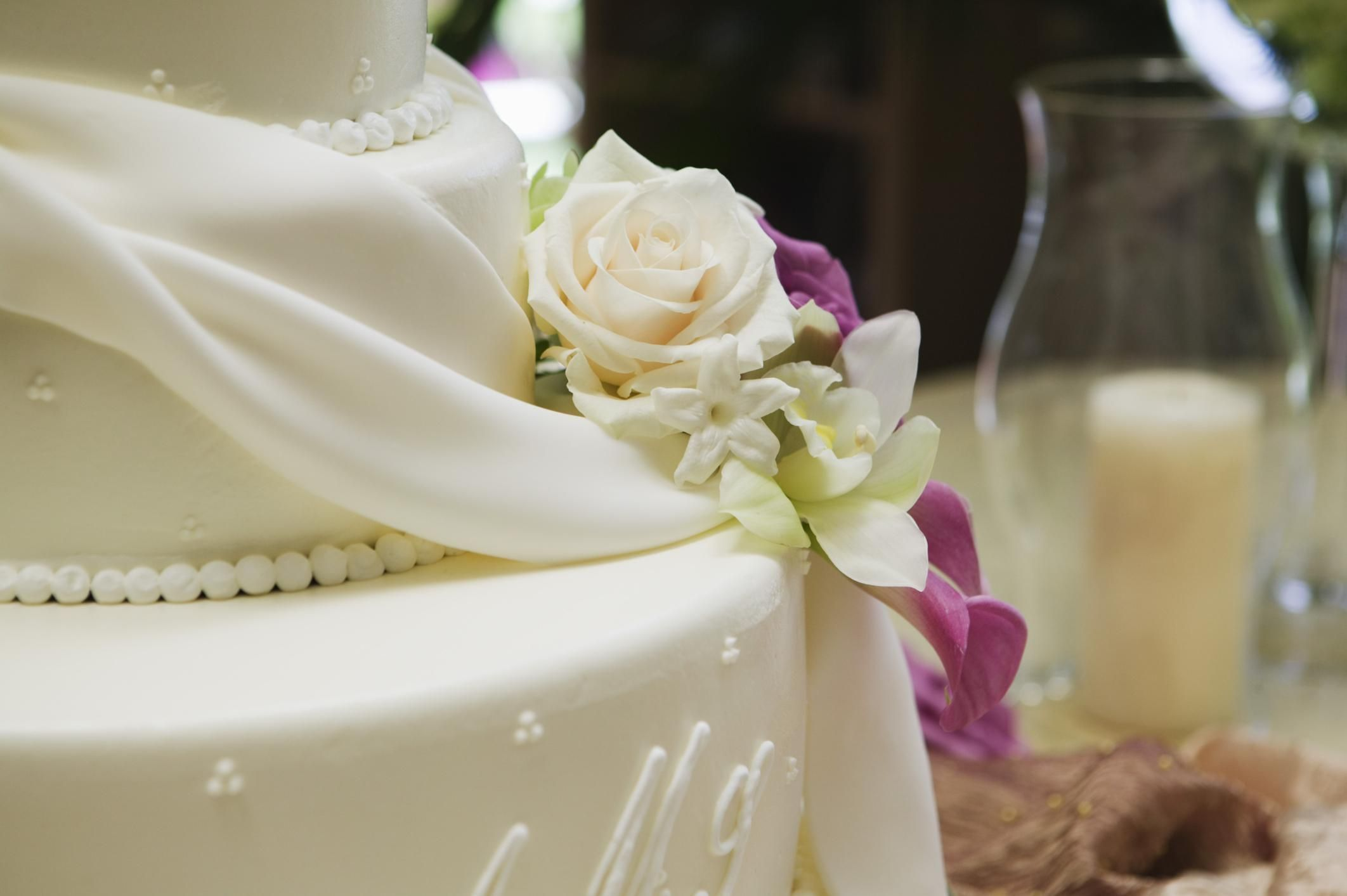 9 simple steps to assembling a tiered cake stacking a