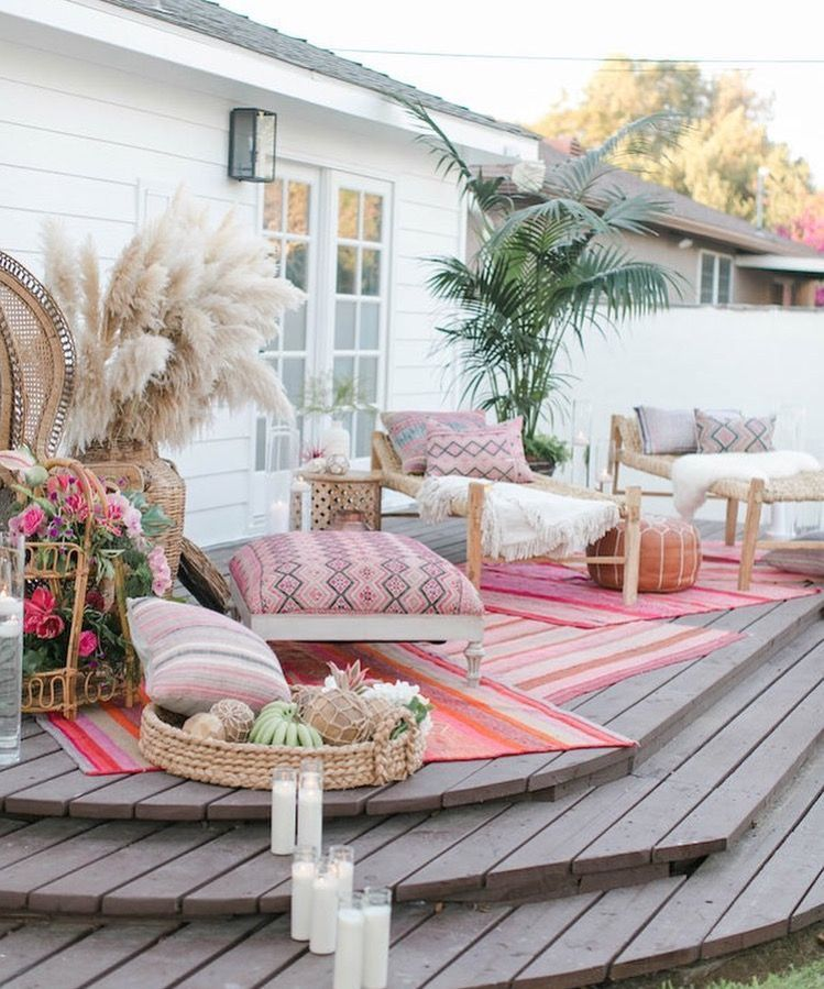 pretty pillows on a patio patio style challenge outdoor rh pinterest com