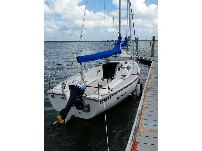 1988 Catalina Capri 22 sailboat for sale in Florida