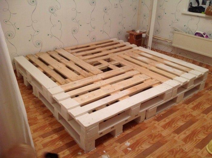 Idee Fur Bett Aus Europaletten Bett Selber Bauen Bett Selber Bauen Ideen Bett Aus Paletten Bauen