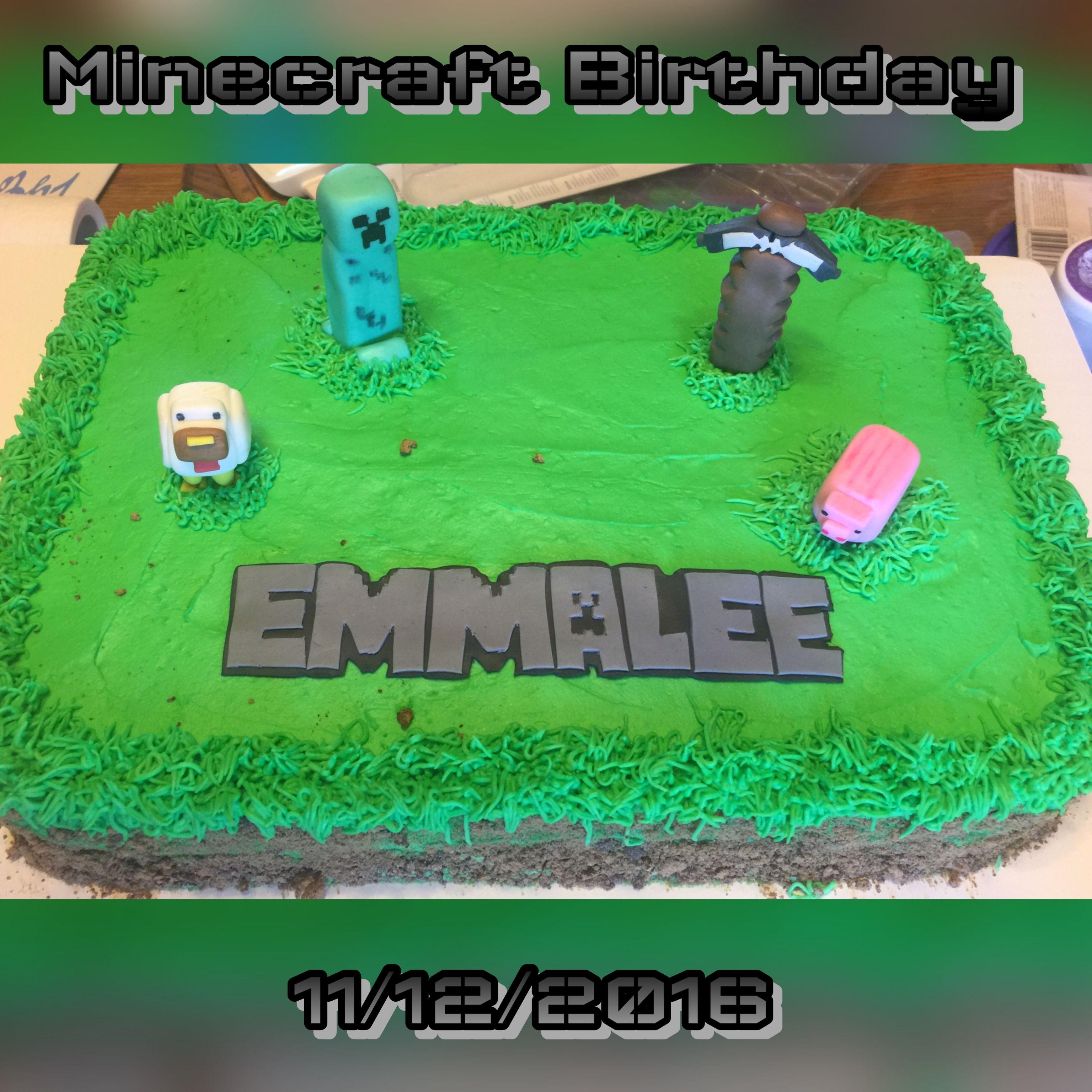 Minecraft Birthday. Vanilla cake decorated with frosting