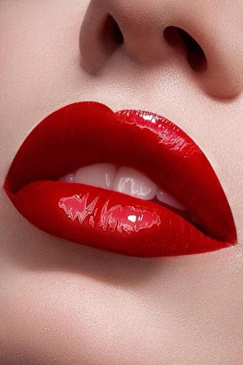 The Amazing Red Pout Of The Beautiful Valentina Zelyaeva Lips