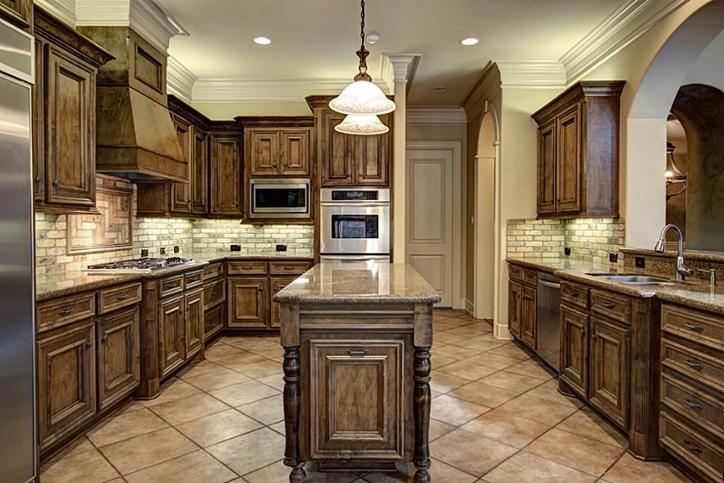 Kitchen Is Replete With Amenities Including High End Appliances By  Thermador And KitchenAid.