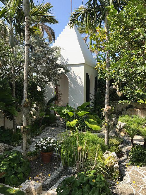 Bermuda Influences In a Palm Beach Setting - Private Newport