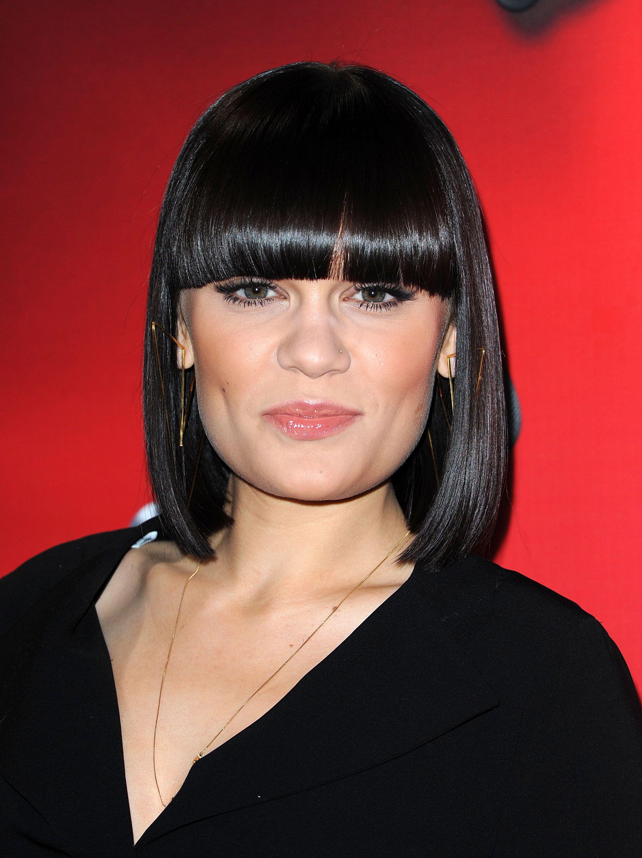 Jessie J #star #black #frangia #jessiej  Bob hairstyles, Medium