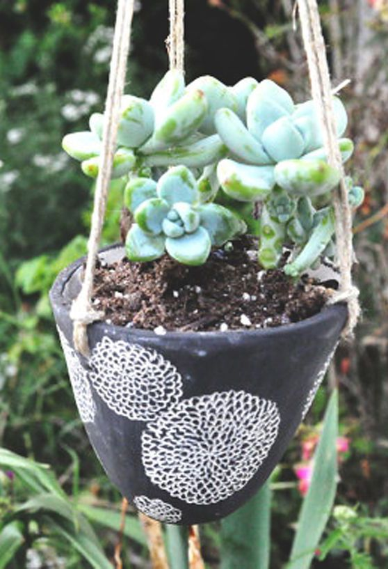 Mum Blossom Hanging Ceramic Planter