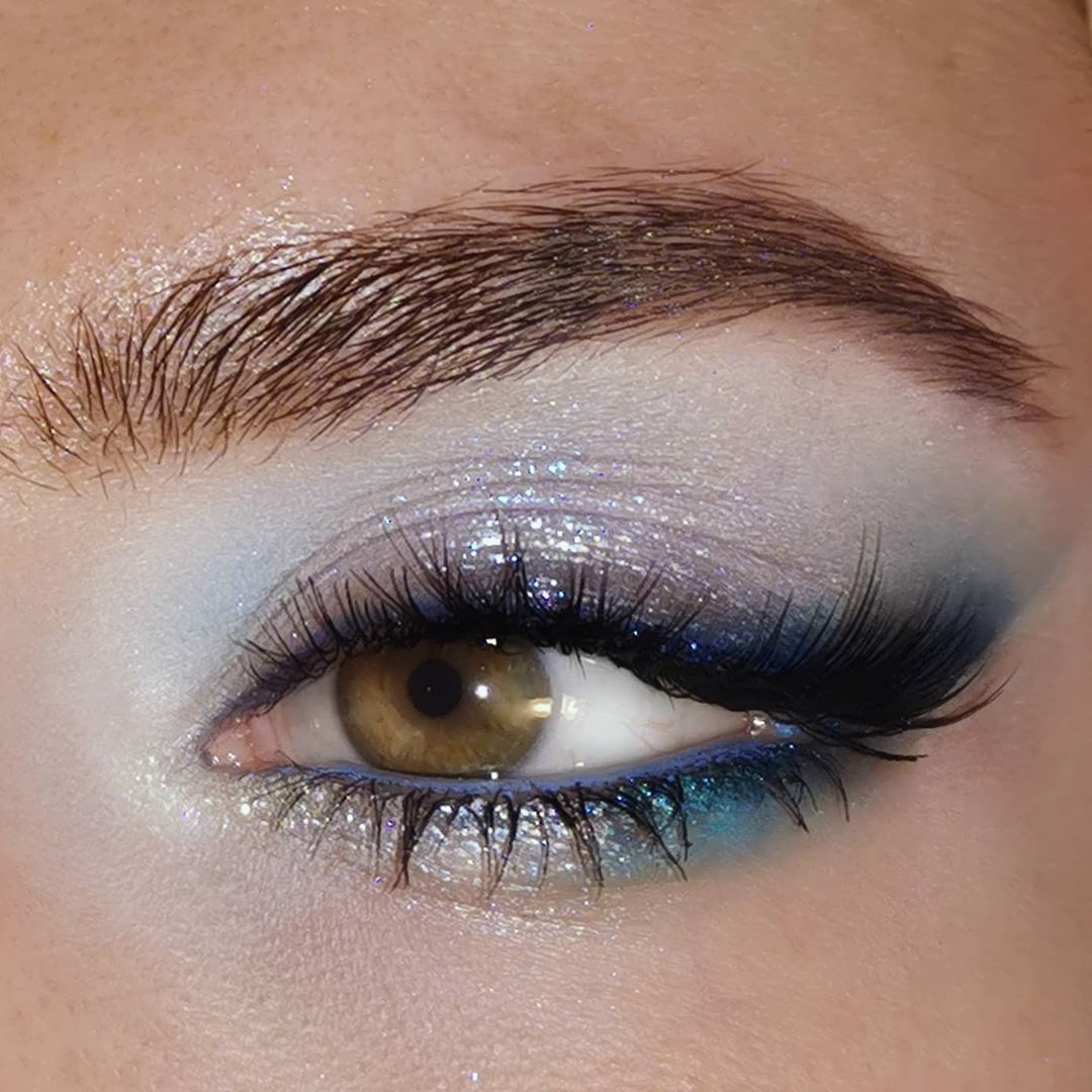 "Regina on Instagram: ""Thinking of the sea 🌊  Using my beautiful sister's eye  @hauslabs stupid love palette @hudabeautyshop sapphire obsessions palette…"""