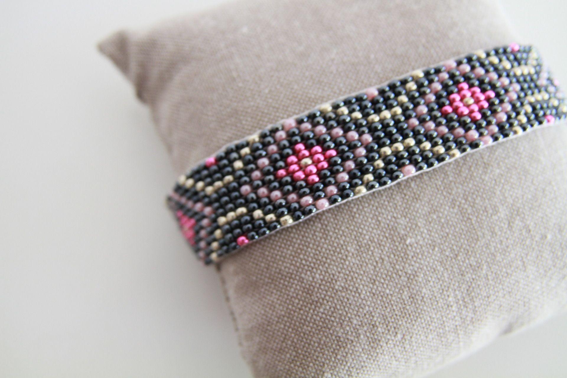 Bracelet Manchette en perles - Hématite, Rose, Fuchsia et Argenté