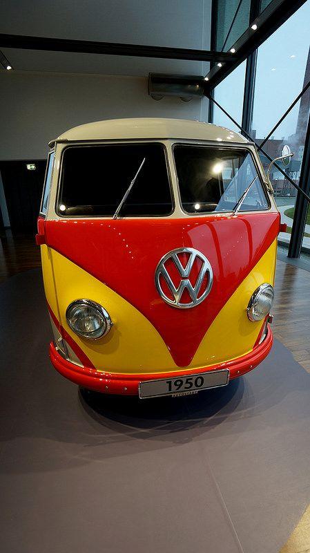 Abenteuer Autostadt - VW-Bus