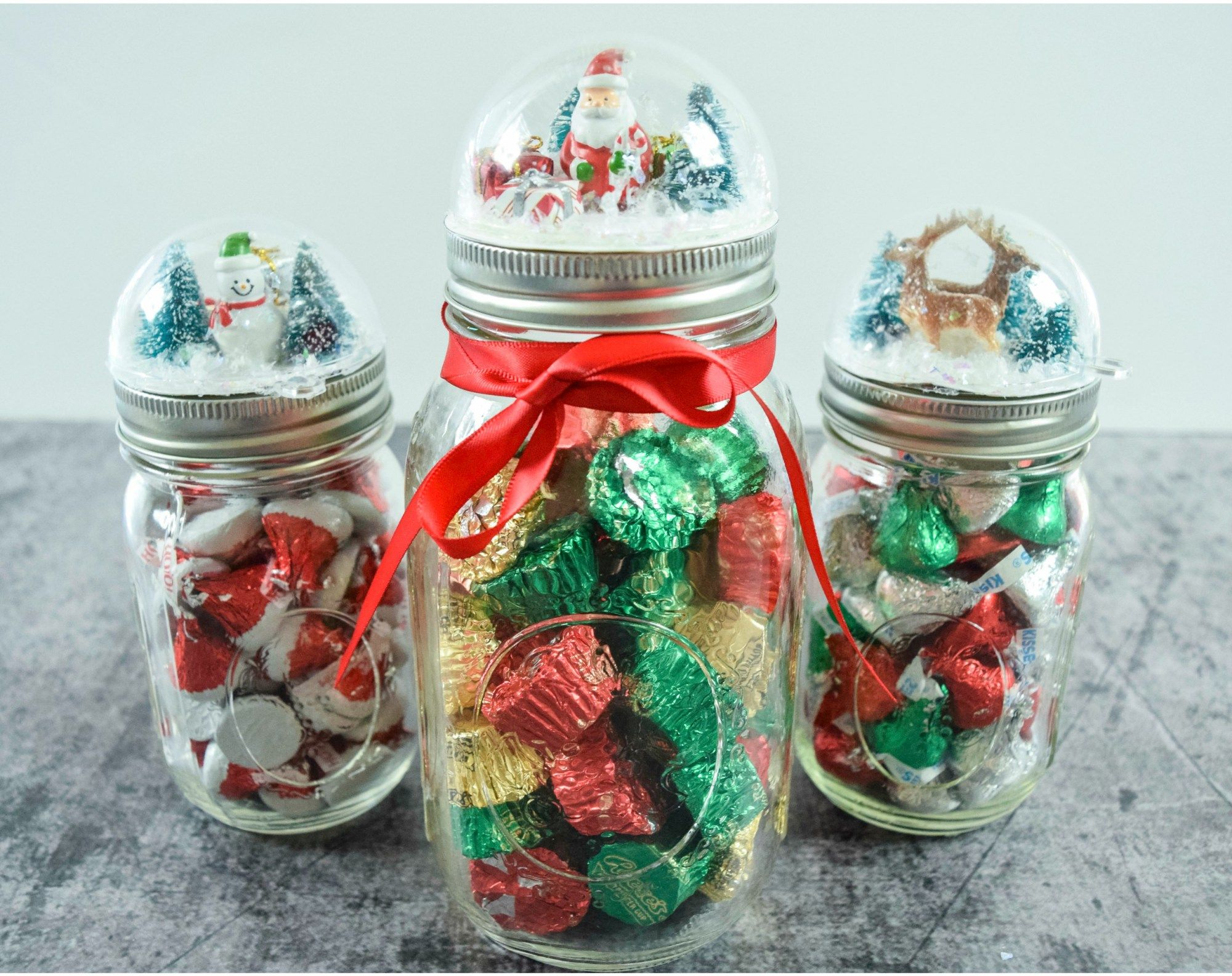 Diy Snowglobe Mason Jar Craft Holiday Gift Craft Tutorial Christmas Mason Jars Mason Jar Christmas Gifts Christmas Jars