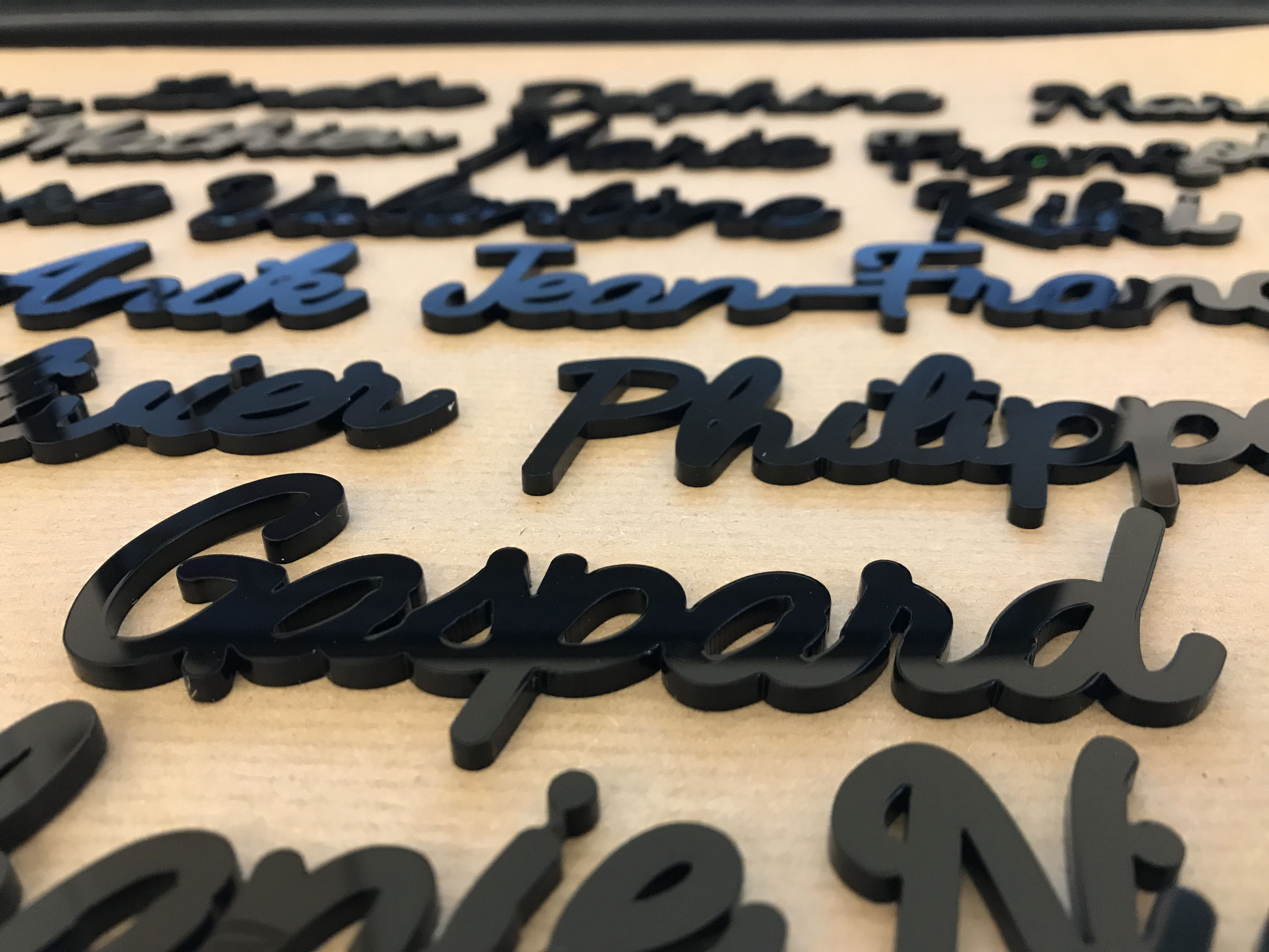 Name #Surname #Lasercut #Plexiglass #plexi #Black #color #Prénom ...
