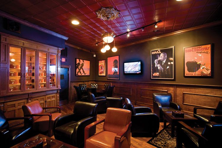 Cigar Smoking Room House Exclusive Members Only St Louis Cigar Club And Private Lounge