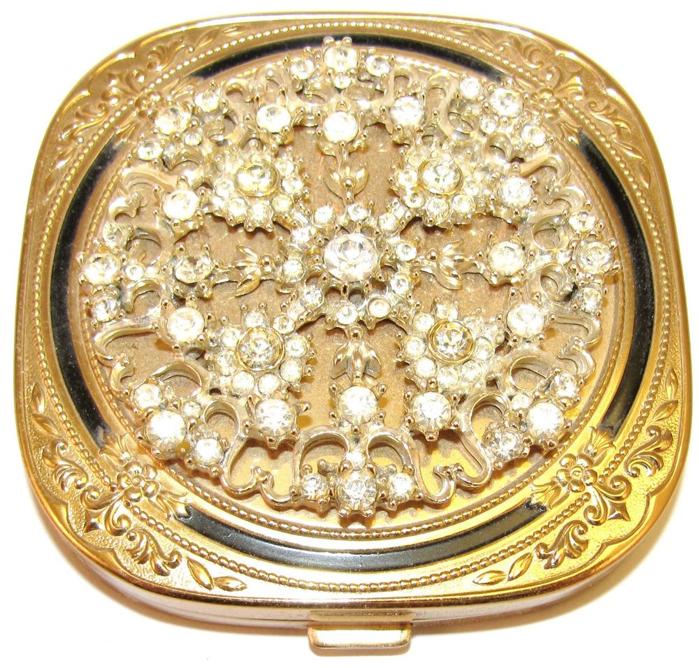 VINTAGE GOLD TONE METAL CLEAR RHINESTONE MAKEUP COMPACT
