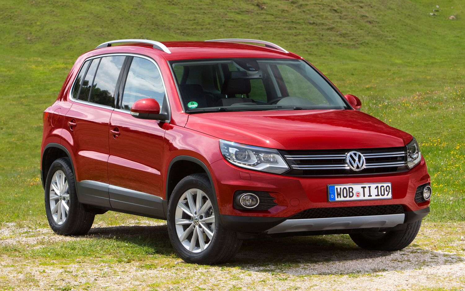 my new car 2014 vw tiguan cherry red love it my. Black Bedroom Furniture Sets. Home Design Ideas
