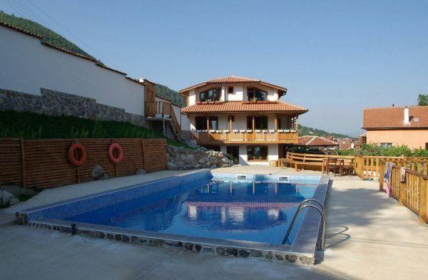 Вила Бистрица | Къщи за гости | Вили под наем и семейни хотели