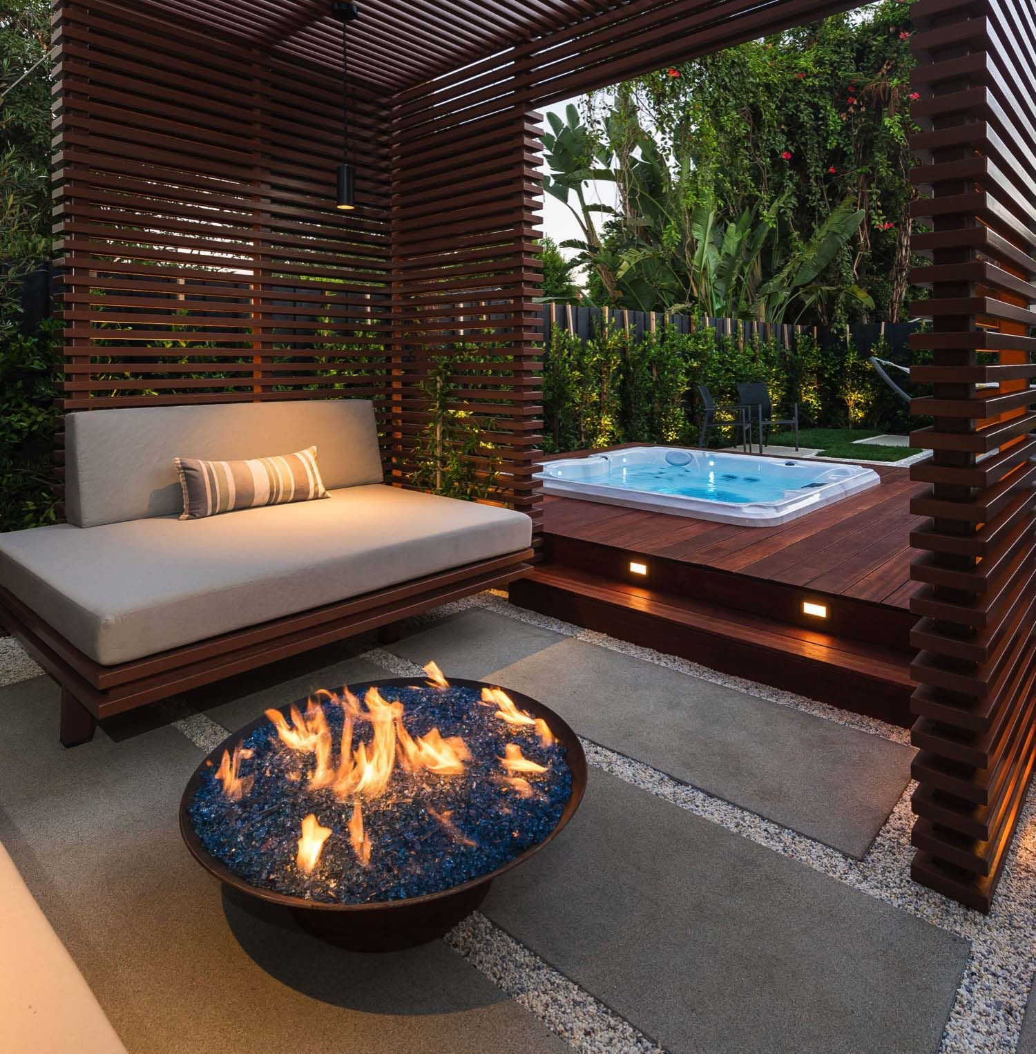 25 Amazing Ideas For Creating An Outdoor Deck For Entertaining Hot Tub Backyard Hot Tub Patio Hot Tub Gazebo Modern outdoor hot tub